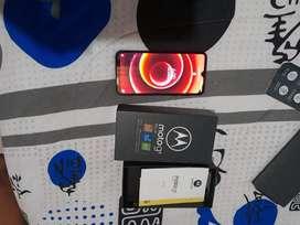 Se vende Motorola g8 plus