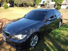 Vendo/Permuto BMW Sedan 320i