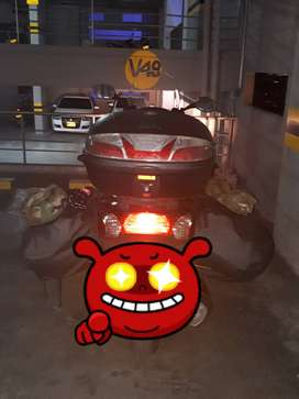 Venta scooter down town 300
