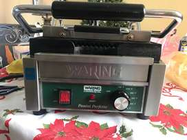PANINI Grill Waring Industrial de 120V Modelo WPG150