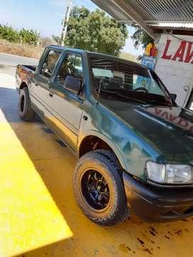 Vendo mi Chevrolet luv del 96 transformada