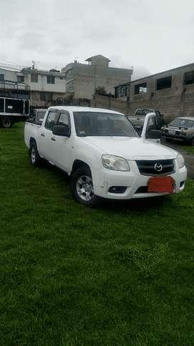 Se vende una Mazda BT50 poco negociable