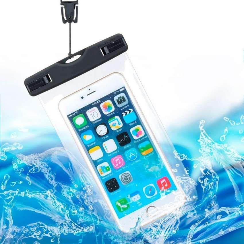 Funda Sumergible Universal Waterproof Celular Agua Obelisco 0