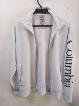 chaqueta Columbia titanium talla s  Valor $69.900 Estoy en el barrio Olaya