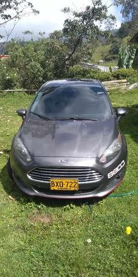 Vendo o permuto Ford fiesta por Vitara jx