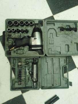 motortul + pistola   neumáticos