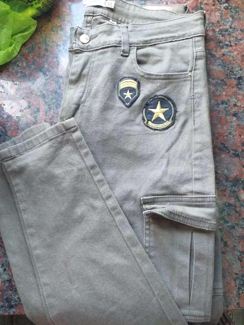 Jean cargo verde militar 0