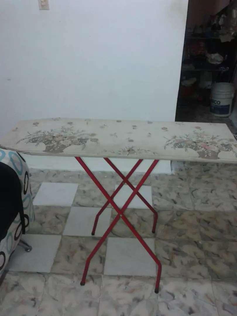 Mesa de planchar 0
