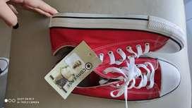 Zapatillas converse rojas importadas 38