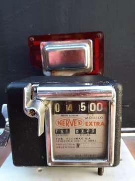 Reloj antiguo de taxi