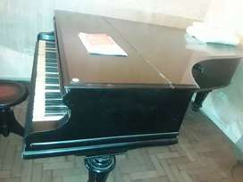 Vendo piano media cola C. Bechstein Precio charlable