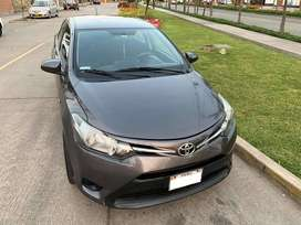 Toyota Yaris 2014 Mecánico GNV Full a 9900 Dolares