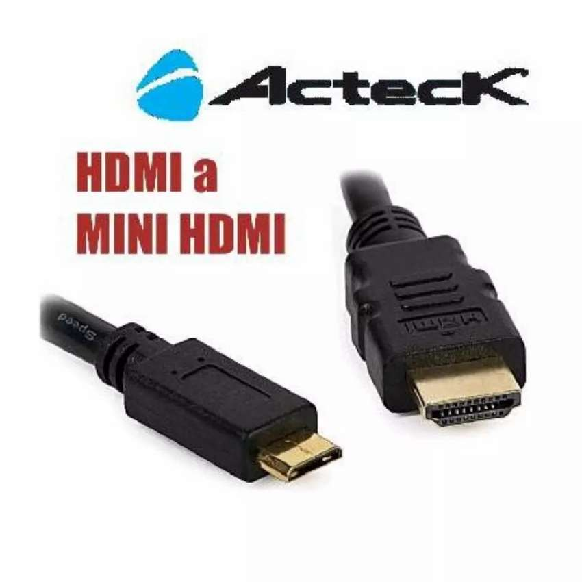 Cable miniHDMi Audio/Video para cámara Digital/Tablet. 0
