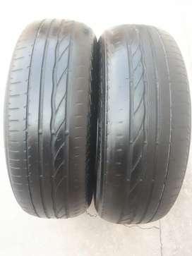 Vendo cubiertas usadas Bridgestone 185/65/R15. 2 por $3000