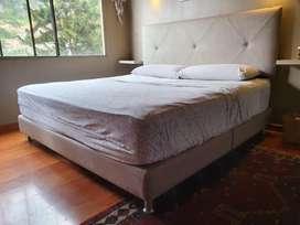 Cama y colchón King (2x2 mts)