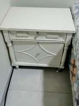 Mesas de noche vintage baratas