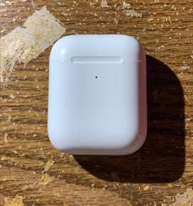 AirPods con Wireless Charging Case