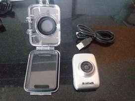 Vendo mini cámara digital en perfecto estado sin uso