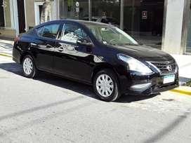 OPORTUNIDAD!!! VENDO O PERMUTO Nissan Versa NEGRO casi 0km, 2800 Km REALES