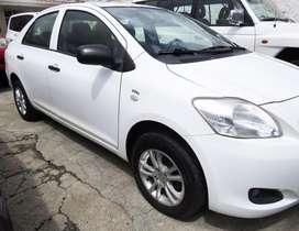 Toyota Yaris 1.5 full