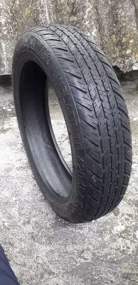 Neumático  de repuesto marca  kumho
