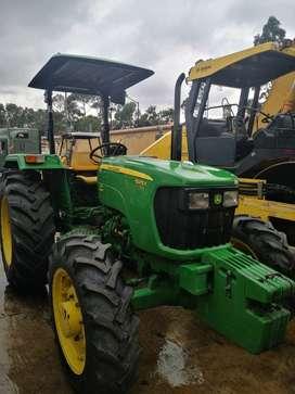Tractor Agricola Jonh Deere 5075E