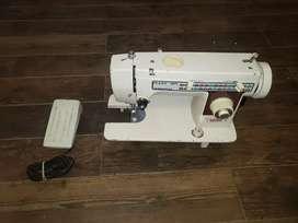 Maquina De Coser Industrial Pfahf 1471 Muy Poco Uso y en Perfecto Estado