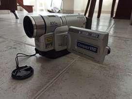 Video cámara JVC - VHS para colección
