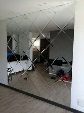 Espejo arquitectónico para muro