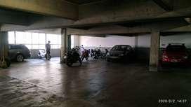 Alquiler de Cochera cubierta para moto!!