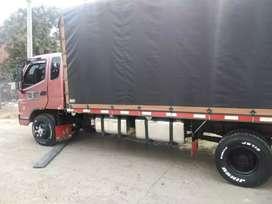 Se vende o permuta x camión sencillo
