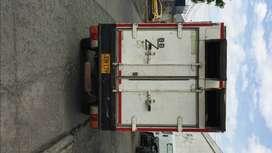 Venpermuto solo el furgon la camioneta no para armar trailer o food track