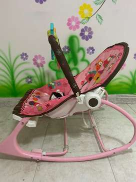 Meseadora bebé,  comedor bebé, purificador de teteros, base para teteros, coche, silla para carro,Corral Graco