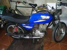 Vendo moto GP 125