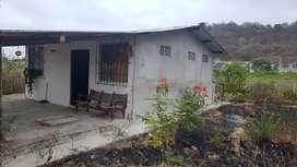 Urgente, vendo de oportunidad - Chalet a 200m de la playa - San Vicente, Manabí
