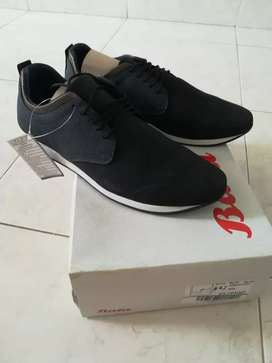 Vendo calzado de hombre talla 42