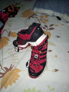Zapatos usados Adidas originales