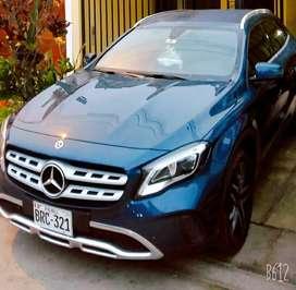 Mercedes benz gla 180  2020