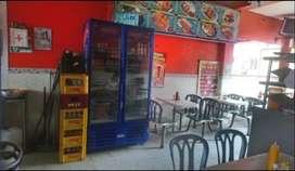 Asadero, restaurante y fruteria, con 10 años de acreditación, ubicacion comercial.