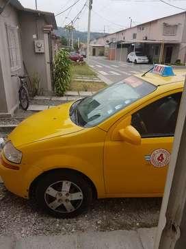 Vendo taxi amarillo placas de alquiler