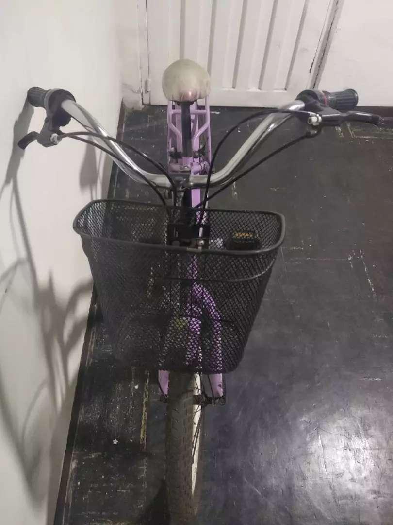 Bicicleta pequenha para ninha 0