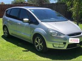 Oportunidad Ford S-max titanium. Se aceota permuta