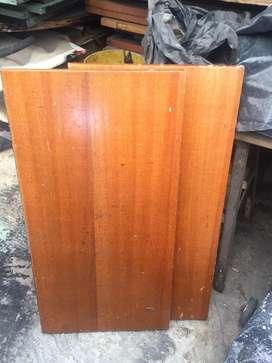 Vendo camas de madera en buen estado precio negociable