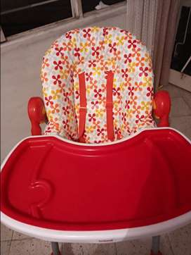 Silla comedor para bebé reclinable y graduable marca bebesit
