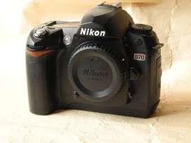 Camara Nikon D70 solo cuerpo
