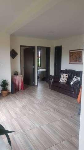Se arrienda apartamento en condominio Las Palmas Km 5 Via Pereira