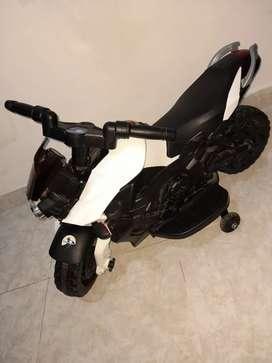 Moto eléctrica-recargable
