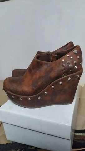 Zapatos botas NRO 36 de cuero