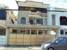Hermosa casa de venta en La Garzota