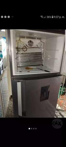 Tecnico Certificado en neveras y lavadoras.